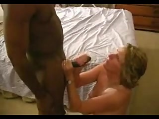 Swinger wife takes a massive cum facial